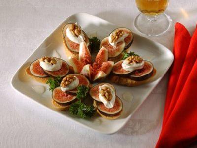 Crostinis aux figues et aux noix - Galbani