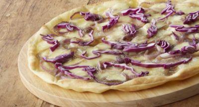 Pizza chou rouge et oignon - Galbani
