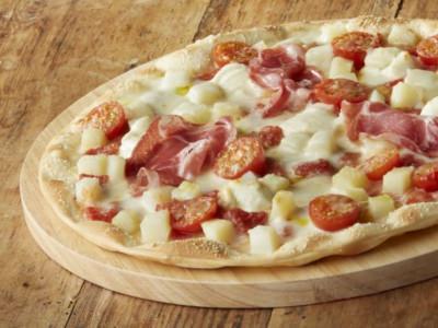 Pizza blanche pommes de terre, tomates cerises et mascarpone - Galbani