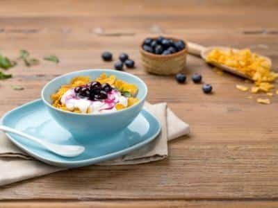 Crème de Ricotta avec Corn Flakes et Myrtilles - Galbani