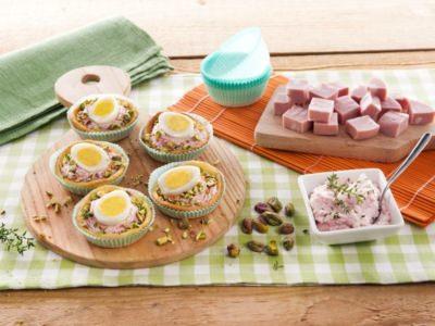 Tartines d'oeufs de caille, Galbanella et pistaches - Galbani