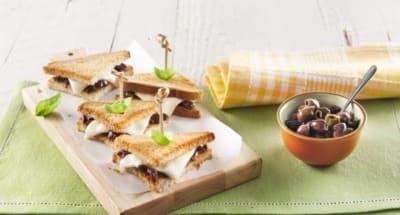 Mini-sandwichs à la Mozzarella, aux olives et au basilic - Galbani