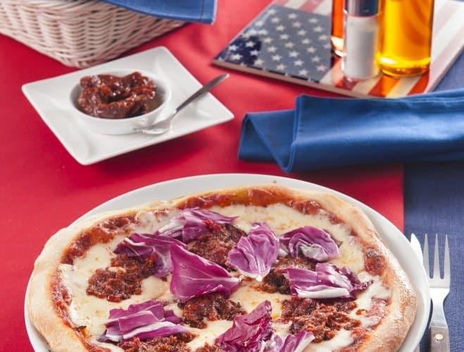Pizza à la chicorée et au pesto rouge - Galbani