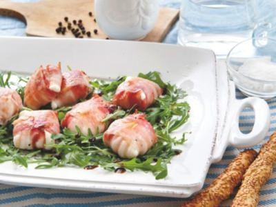 Bouchées de Poitrine de Porc et Mozzarella sur un Lit de Roquette - Galbani