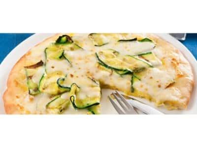 Pizza blanche aux courgettes et au safran - Galbani