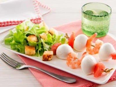 Brochettes de Mozzarella Mini, Pamplemousse Et Crevettes - Galbani
