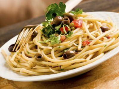 Bucatini puttanesca à la mie et Orecchiette de mozzarella - Galbani