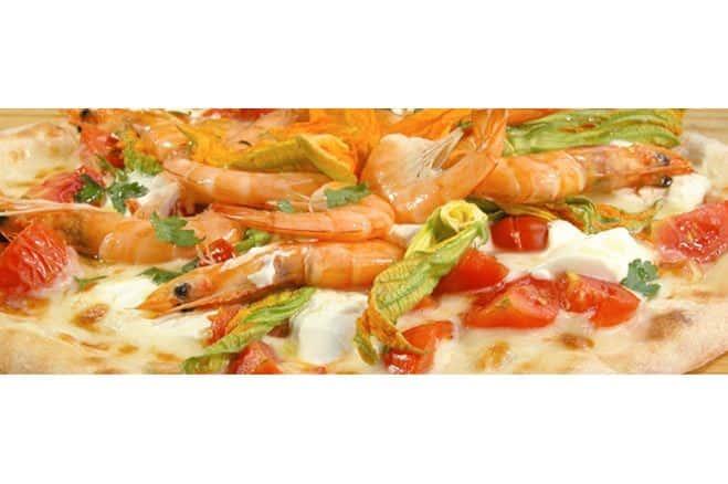 Pizza tomates cerises, fleurs de courgettes et crevettes décortiquées - Galbani