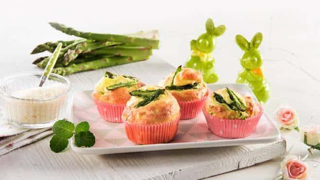 Muffins salés au parmesan, aux asperges et à la menthe - Galbani