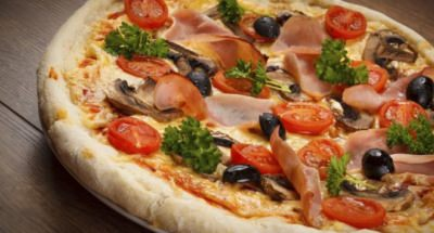 Pizza au chèvre, bresaola et champignons - Galbani