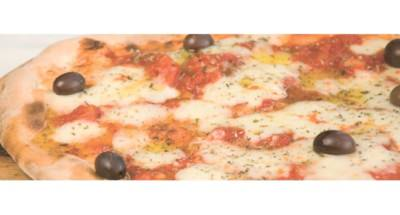 Pizza aux olives noires et à la mozzarella - Galbani