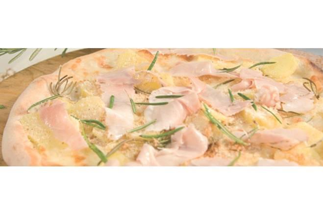 Pizza aux pommes de terre et au jambon cuit - Galbani