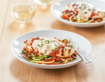 Poulet grillé au parmesan et tagliatelles de légumes - Galbani