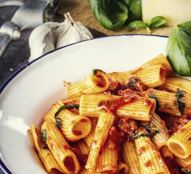Rigatonis aux tomates et au fromage - Galbani