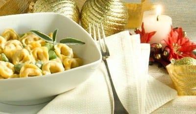 Tortellini de viande à la crème de Gorgonzola et asperges blanches - Galbani