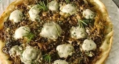 Pizza aux oignons, chicorée et fromage - Galbani