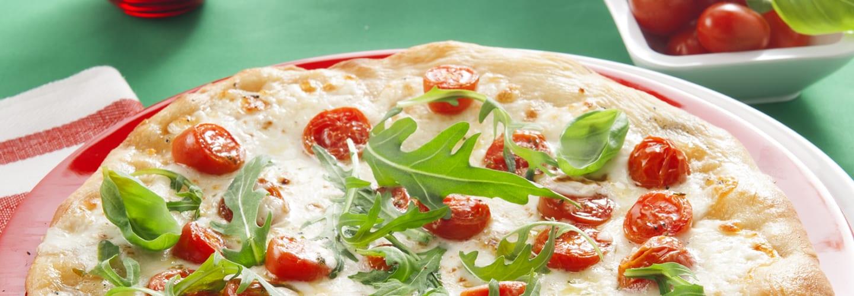 Pizza à la Mozzarella, roquette et tomates cerises - Galbani