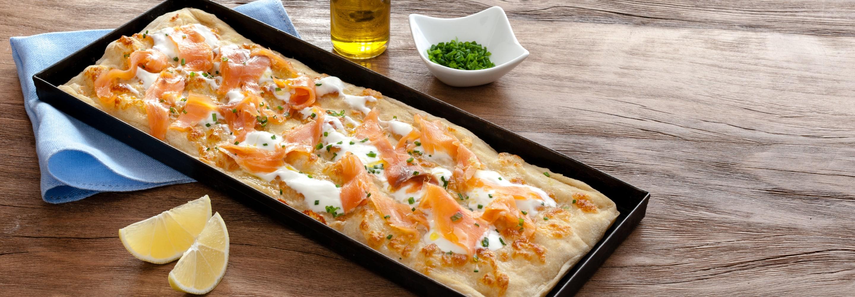 Pizza rectangulaire à la Mozzarella et au saumon - Galbani