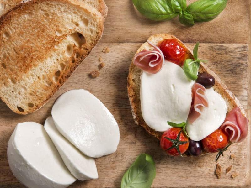 Mini Focaccias aux tomates et Mozzarella Galbani - Galbani