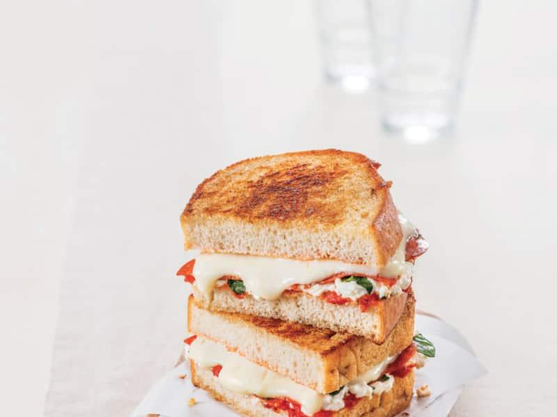Sandwich Toasté façon Margherita - Galbani